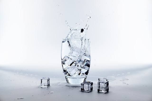 Water with ice-cubes